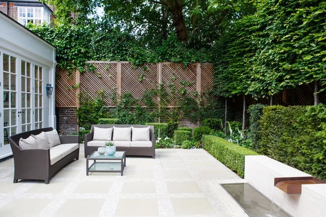 Traditional Patio by Randle Siddeley