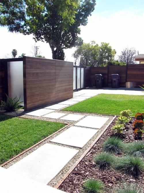 midcentury landscaping walkway