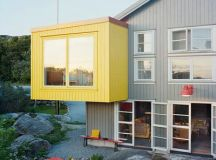 Dynamic Duo: How to Pull Off a Two-Tone Exterior Color Scheme