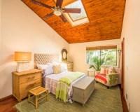 Tropical Bedroom Design Ideas, Remodels & Photos | Houzz
