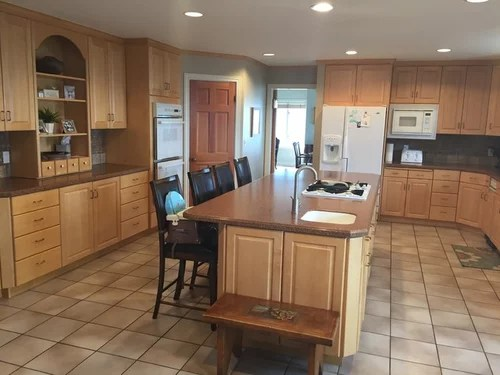 blonde kitchen cabinets tv mount how do i remodel and keep maple would like to my but am replacing flooring appliances countertops backsplash appreciate any ideas on