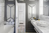 Best of the Week: 32 Unique Bathrooms Around the World