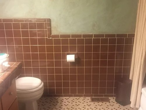 color ideas for brown retro tile