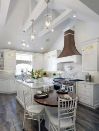 Vaulted Ceiling Kitchen Design Ideas & Remodel Pictures