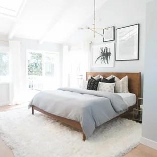 75 Beautiful Light Wood Floor Bedroom Pictures Ideas January 2021 Houzz
