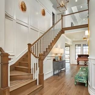 75 Beautiful Staircase Pictures Ideas September 2020 Houzz | Interior Design For Staircase Wall | Side Wall | Cladding | Outside | 2Nd Floor | Under Stair