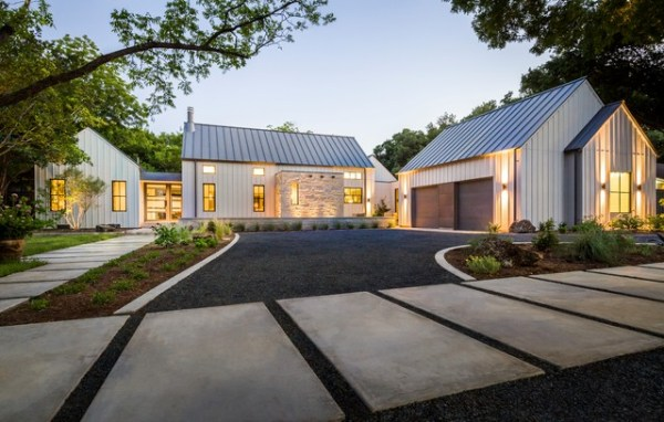 modern farmhouse in dallas texas