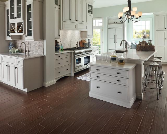 WoodLook Porcelain Tile  Farmhouse  Kitchen