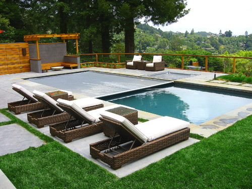 Bluestone edged pool overlooking San Francisco Bay