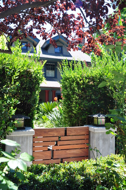 entry gate front yard - modern