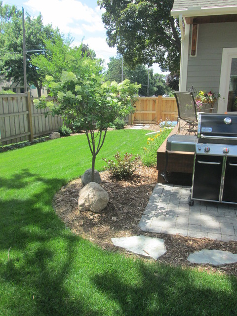 paver grill pad & landscaping