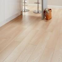 Colours Toccata Cardiff Oak Effect Laminate Flooring 1.65 ...