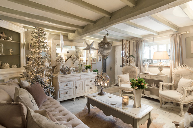 Kent Cottage  ShabbyChic Style  Soggiorno  Londra  di Chris Snook