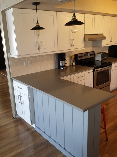 white porcelain undermount kitchen sink small table for shaker cabinets and concerto quartz countertops ...