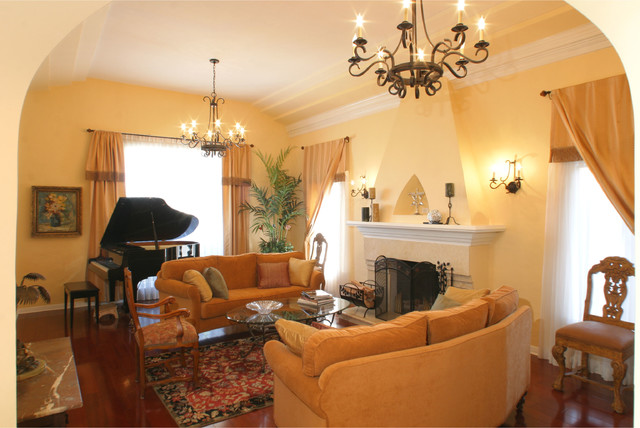 1920's House Mediterranean Living Room Los Angeles By Jana