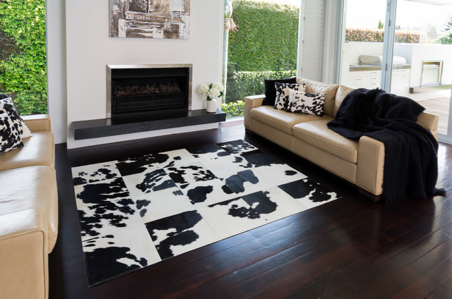Black And White Cowhide Patchwork Rugs