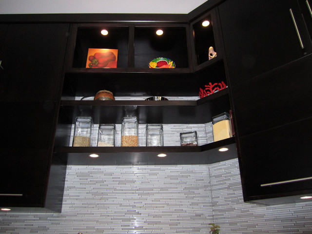 Wiring A Kitchen Light Fixture Recessed Led Puck Lights Also Used For The Alcoves Above