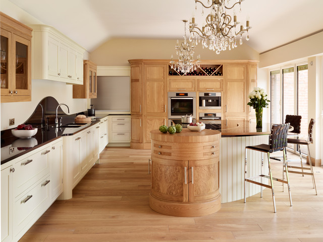 Canterbury  Solid Oak, Hand Painted Kitchen