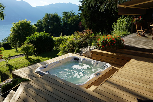SPA ENCASTRE  Montagne  Terrasse en Bois  Grenoble  par EFFERVESCENCE