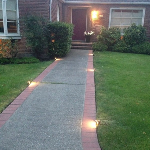 profile lighting walkway
