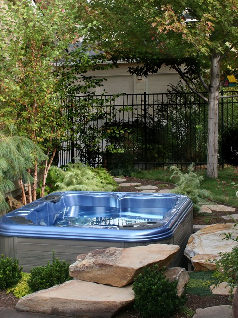 small yard sunken hot tub - traditional