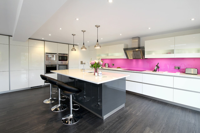 Schuller Kitchen Gala Crystal White  Lava Black  Contemporary  Kitchen  Sussex  by Showcase