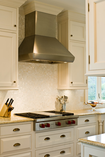 Wolf 36 Gas Rangetop And Hood Traditional Kitchen