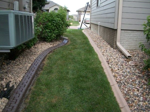 decorative concrete curbing - landscape