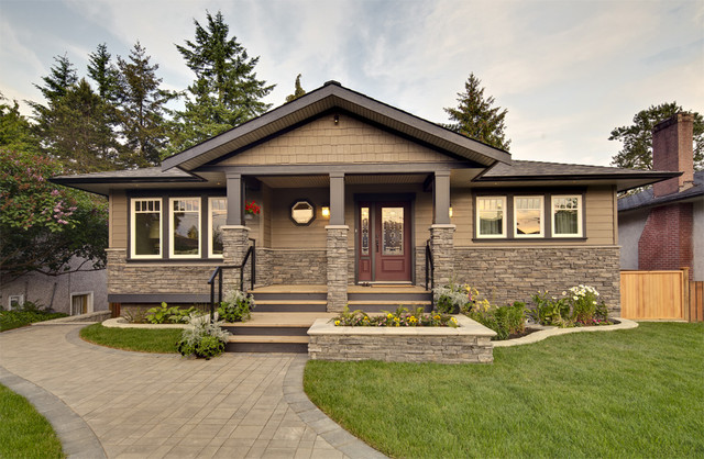 Front Exterior Of Home Contemporain Façade Vancouver Par