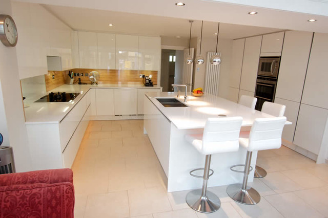 Kitchen Island With Seating Area Modern Kitchen London By