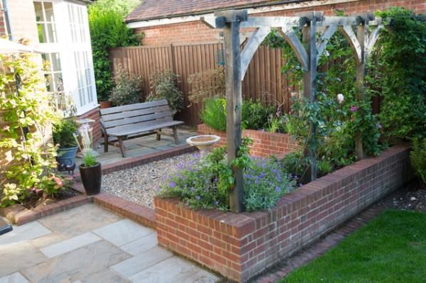edwardian courtyard garden - traditional