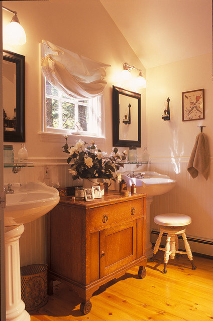 Jimmy Crisp  Traditional  Bathroom  New York  by Crisp