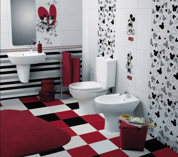 Children's Bathroom with Disney Tiles contemporaneo-cuarto-de-bano