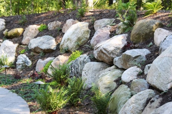 boulder retaining walls - traditional