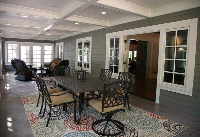 A Lakehouse Renovation Traditional Verandah Milwaukee By