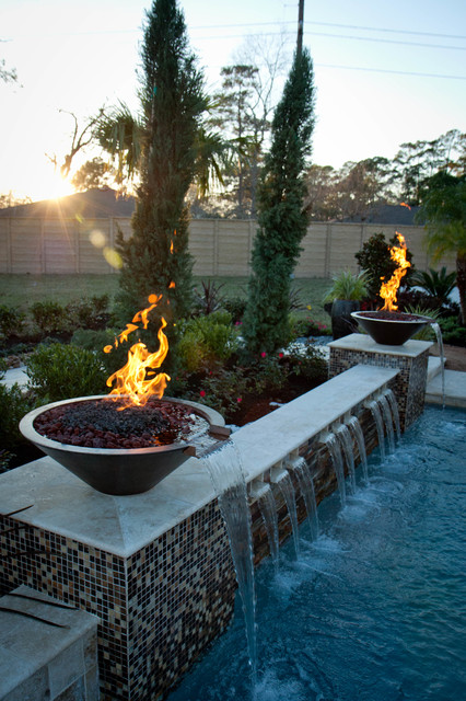 Multilevel Pool with FireWater Bowls  Traditional