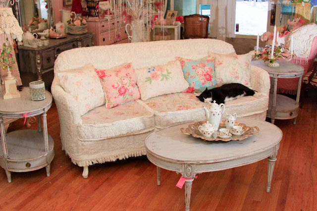 shabby chic sofas and chairs. Black Bedroom Furniture Sets. Home Design Ideas