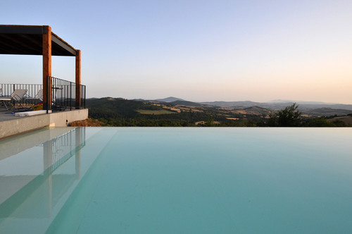 A new modern farmhouse in Tuscany