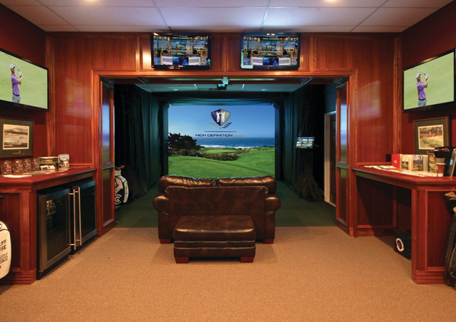 A ManCave for Golfers  Traditional  Basement  Toronto