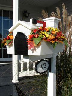 creative mailbox planters - traditional