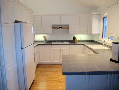 Distance Between Upper Cabinets And Countertop