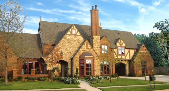 English Tudor Style Home – House Design Ideas