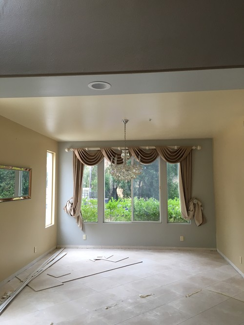 Specializing In Painting Foyers With Tall Walls High Ceilings