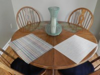 table runner and placemats for round kitchen table