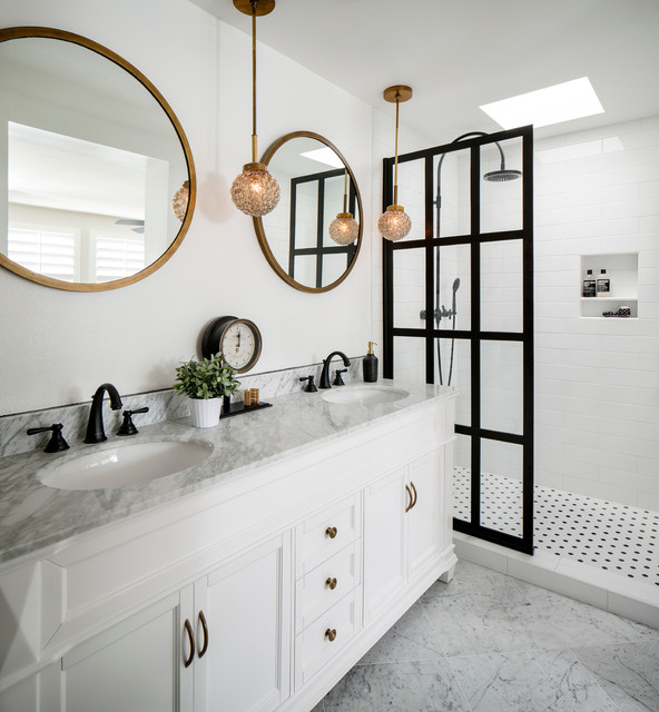 9th Ave  Modern  Bathroom  San Francisco  by CM