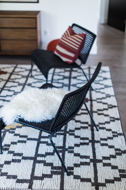 IKEA VIKTIGT Chairs with Red Pillow and Sheepskin Throw
