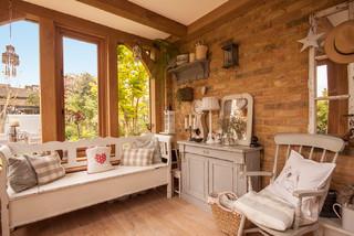 Oak Porch & Glazed Oak Frame Extension On A Townhouse カントリー-リビング