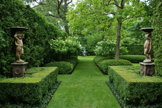 Formal Garden Design Traditional Landscape Chicago By