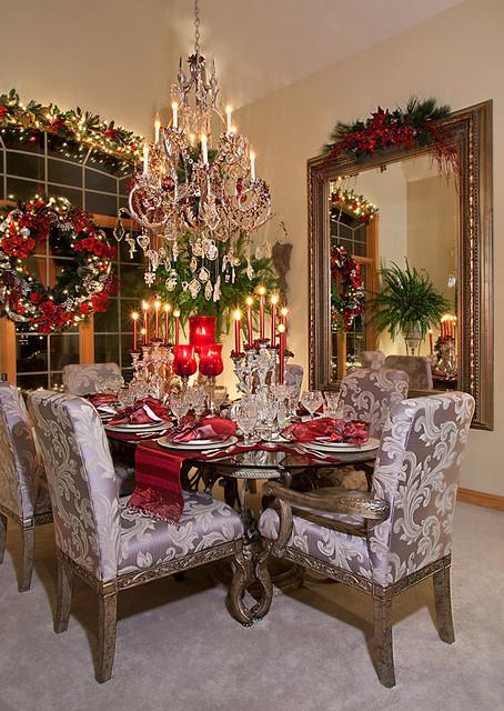 Christmas Decor  Mediterranean  Dining Room  Chicago