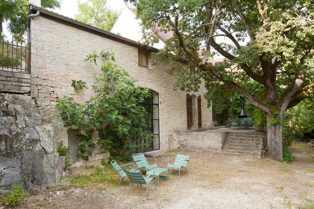 Une maison en Bourgogne campagne-terrasse-et-patio